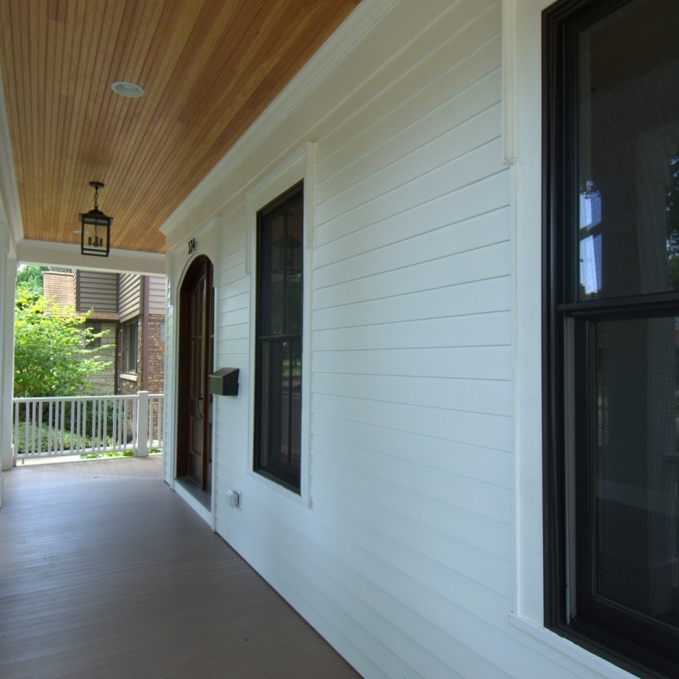 4705 MIddaugh - Porch